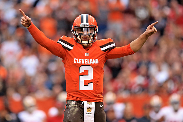 30a950aeb82 Turns Out Former Browns QB Johnny Manziel Sucks in Canada Too