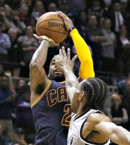 Kyrie-Irving-shoots-for-57-points-tis-one-over-Kawhi-Leonard