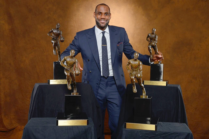 b7c2d6627b4 Why doesn t LeBron win MVP every year