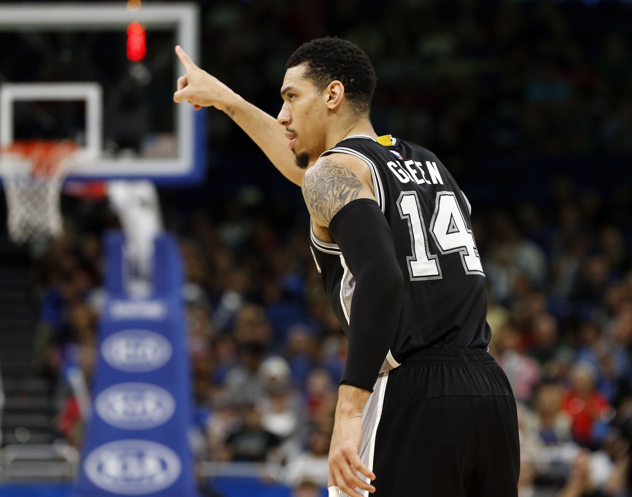 Report: Cavs And Spurs Discuss Possible Danny Green Trade