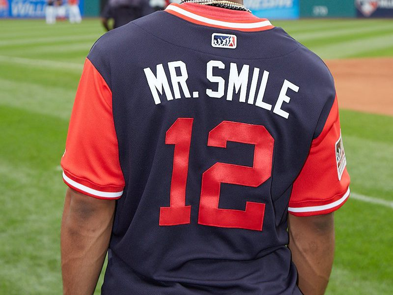 the best attitude 1c221 0abdf Take a look at the Mr. Smile shirt the Indians are giving ...